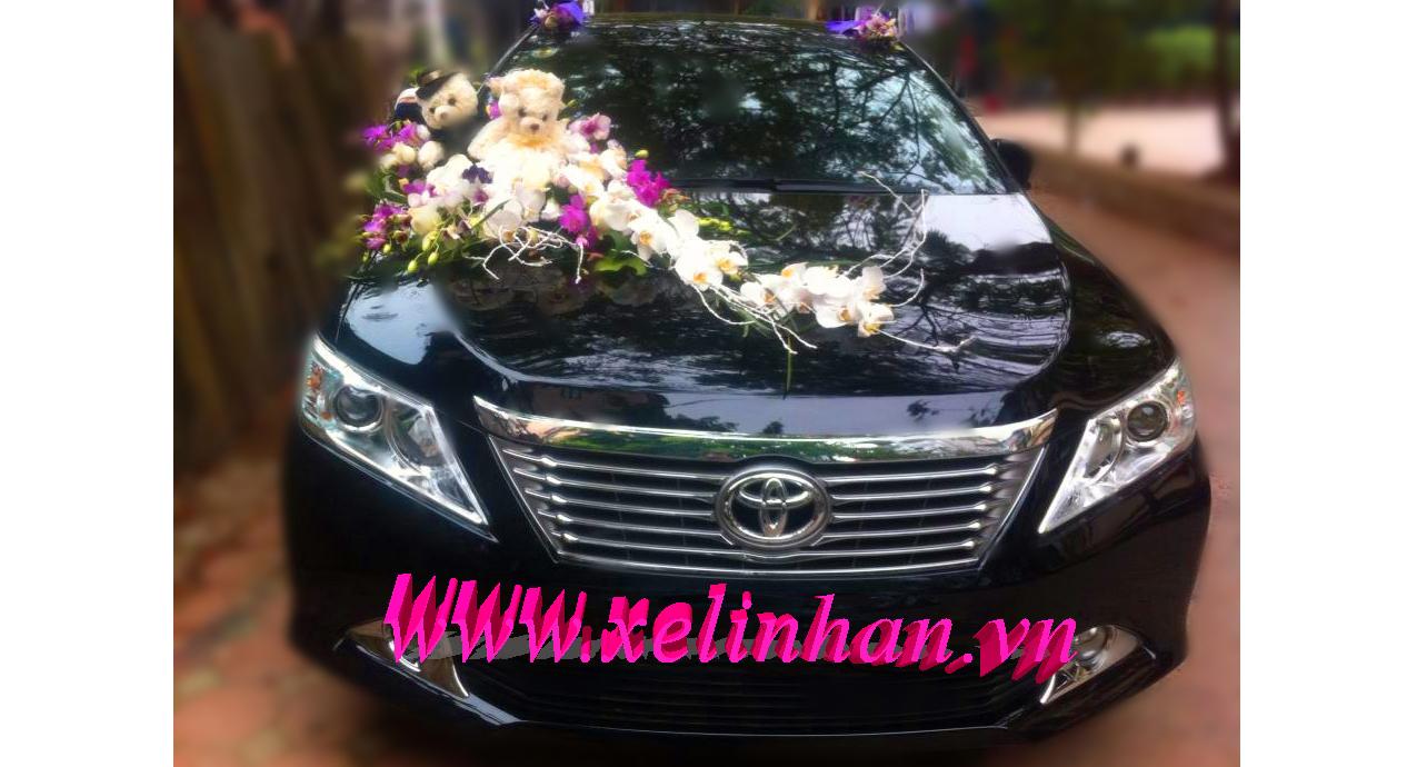 Xe cưới 4 chỗ - Toyota Camry